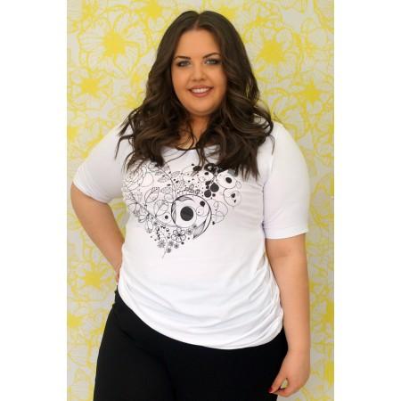 Бяла тениска със сърце щампа