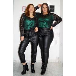 СЕТ Зелена туника с дантела и кожен панталон с висока талия