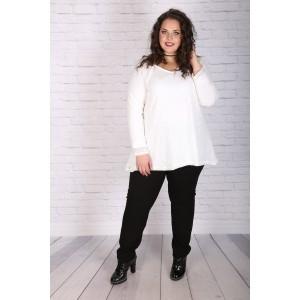 Елегантен бял пуловер