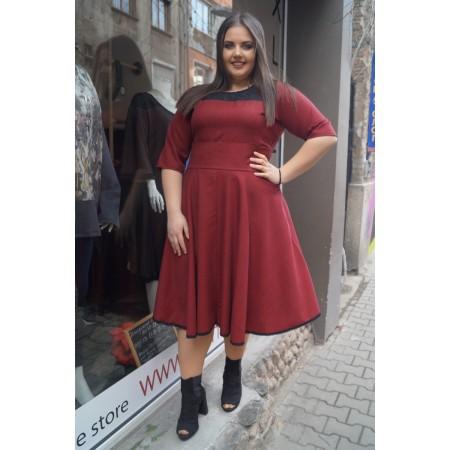 Макси стилна рокля в червено каре