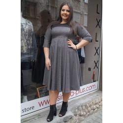Стилна макси рокля на точки